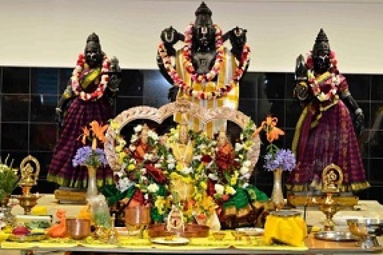 Hamilton-Hindus-celebrate-Lord-Venkateswara-in-Hamilton-Web-765x510