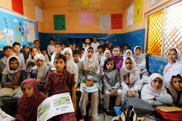pakistan-students