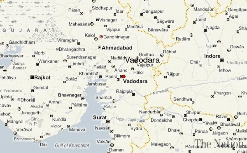 hindu-muslim-clashes-in-vadodara-after-gas-shells-hurled-at-tazia-procession-1475485191-6385